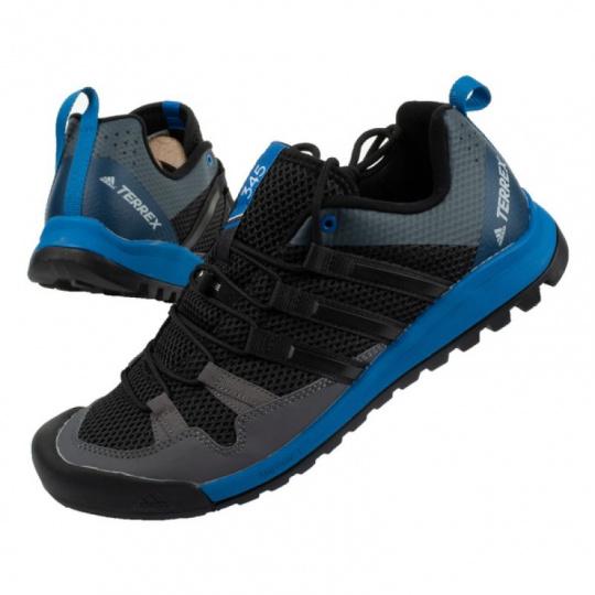 Terrex Solo M shoes