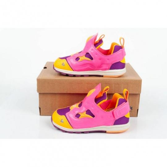Versa Pump Jr shoes